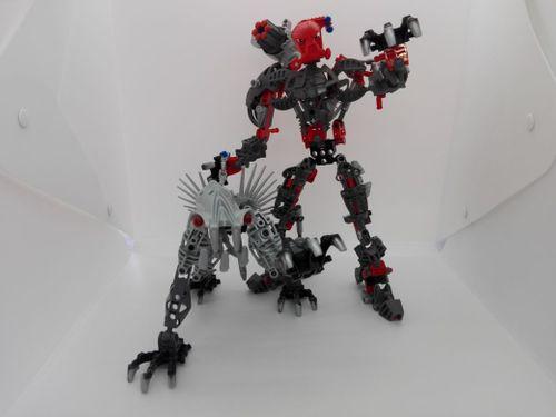 LEGO Bionicle 8924 Maxilos & Spinax thumbnail