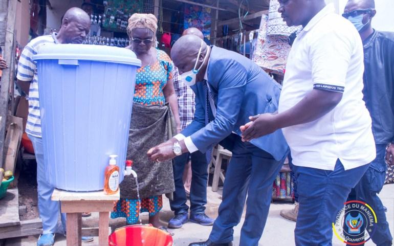 #Coronavirus : Plusieurs stations de lavage des mains installées dans des marchés au Maniema