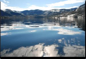 Greenland Fjord 1278292_86068985-2