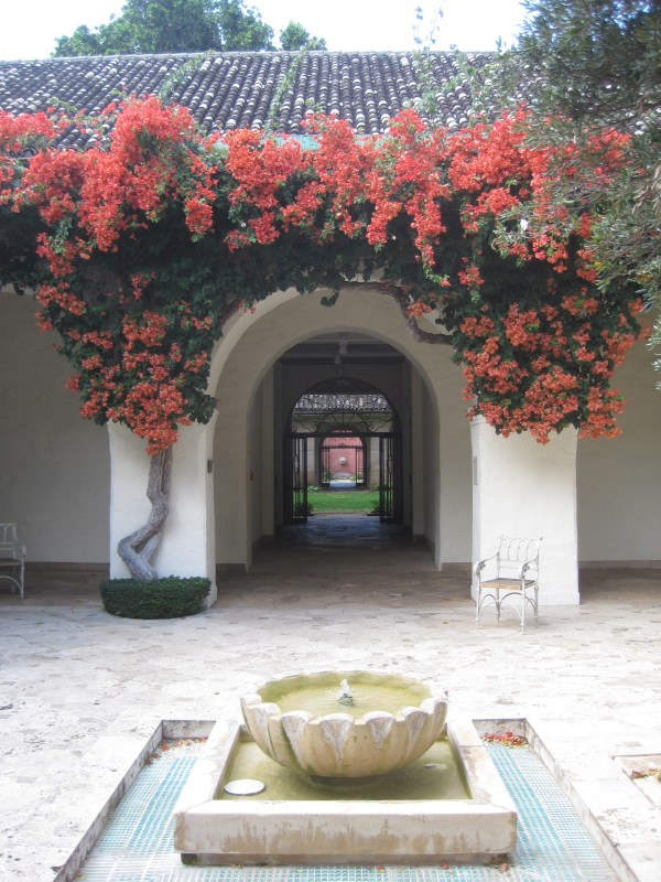 Honolulu Museum of Art Courtyard