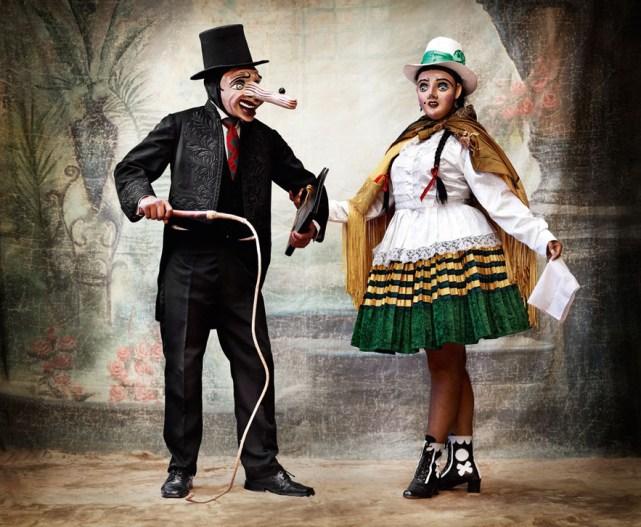 danseur_d_auqa_chileno_et_sa_compagne__province_de_paucartambo__cuzco__706645427_north_883x.1