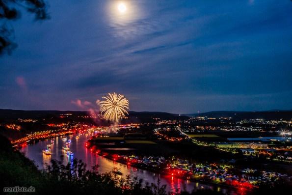 Rhein in Flammen, Blick von der Erpeler Ley auf Kripp und Linz .:. 2.5.2015