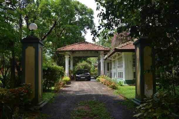 Plantation Villa entrance in Kalutara-Sri Lanka. maninio.com #resortsrilanka #villaresort