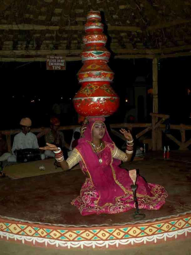 Rajasthan (Jaipur), Celebration days. maninio.com #Rajastanjaipur #Agradelhi