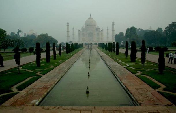 Taj Mahal India - Rajastan journey. maninio.com #Rajastanjaipur #Agradelhi