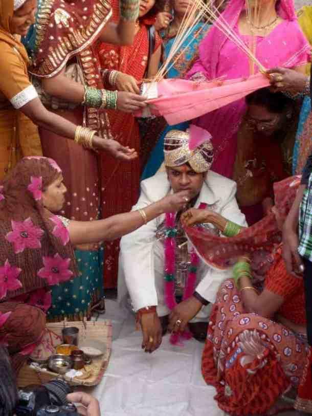 Rajasthan - Varanasi, Marriage and groom. maninio.com #Rajastanjaipur #Agradelhi
