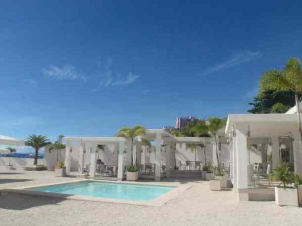 Be resort small pool, Cebu city - Philippines #Cebucity #Philippinesasia | maninio.com