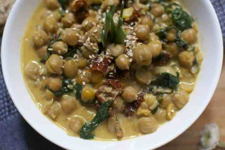 chickpeas-with-spinach-and-dried-tomatoes_serving5