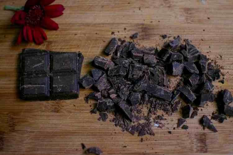 raw-chocolate-truffles_black-chocolate