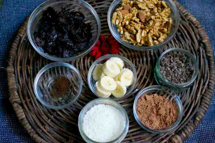 raw-chocolate-truffles_ingredients