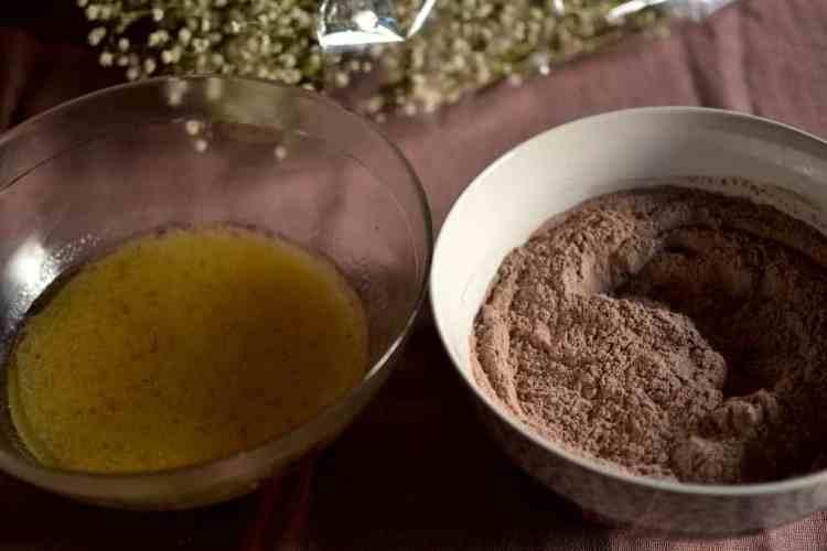 Chocolate Cake ingredients. maninio.com