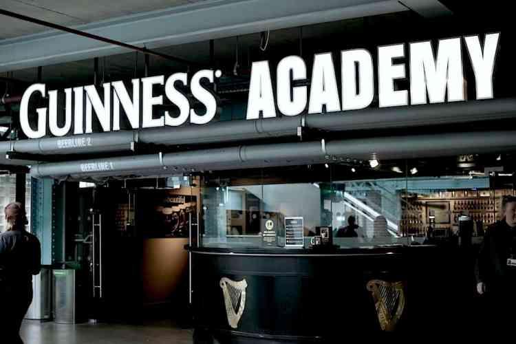 Guinness Ζυθοποιία - Ακαδημία μπύρας. maninio.com #visitireland #guinessexperience