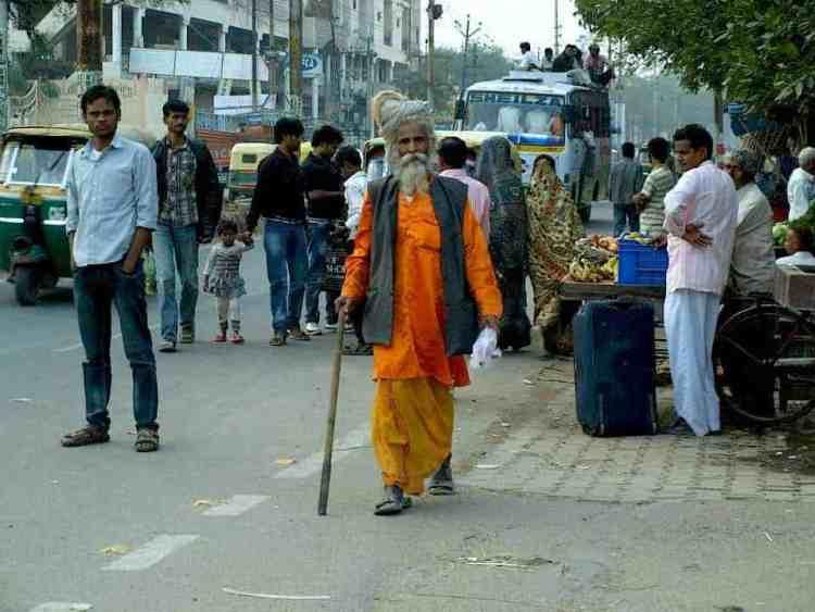 Βαρανάσι (Ινδία): Ινδουιστές και Γιόγκις. maninio.com