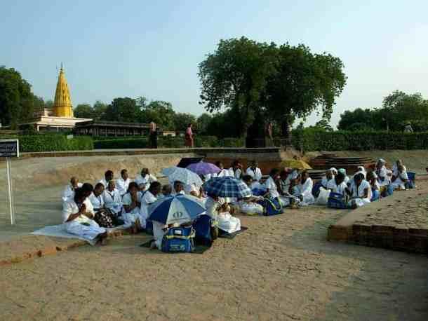 School children in Temple of Varanasi India. maninio.com
