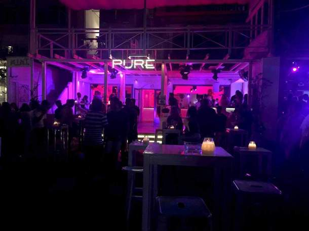 things to know before your visit in Greece, nightlife. maninio.com, #greekclubs #greekforeigners