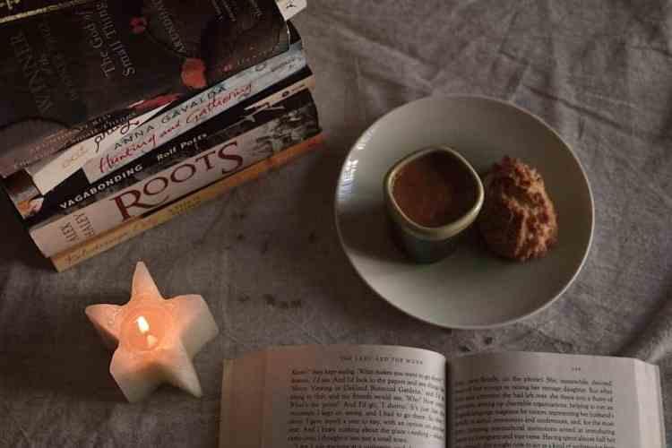Books and coffee love. maninio.com  #travelbooks #bookslove