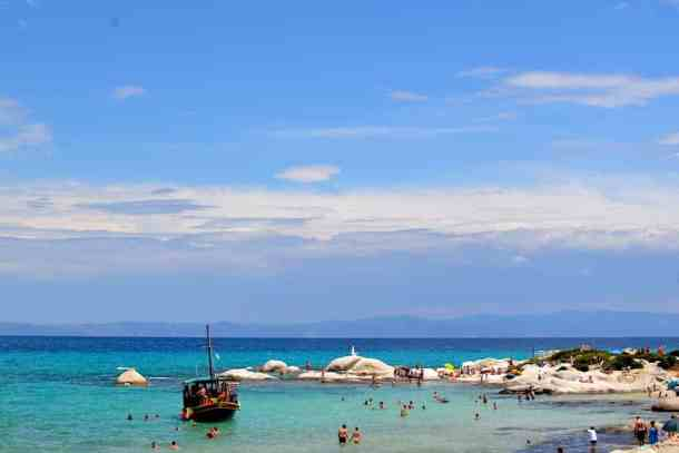 things to know before your visit in Greece. greek islands maninio.com, #greektravels #greekforeigners