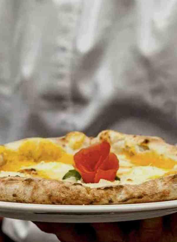 Vegan Pizza Delivery in Thessaloniki - Greece. maninio.com