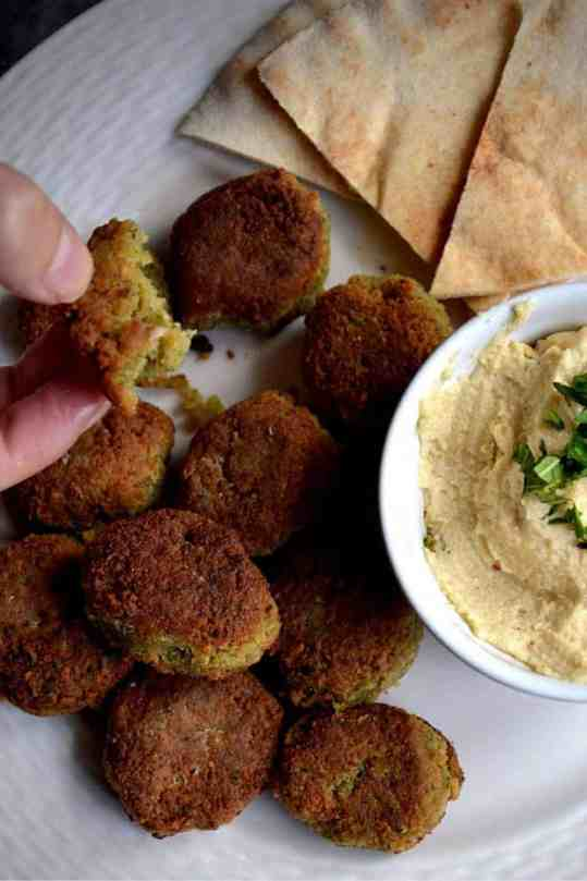 Mix the falafel with hummus. vegan and gluten-free. maninio.com