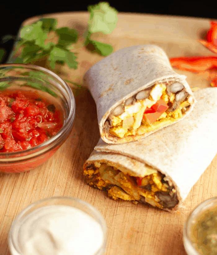 Plantbasedcooking - Breakfast Buritto with Tofu scramble - Vegan Healthy Breakfast Ideas to Start your day. maninio.com