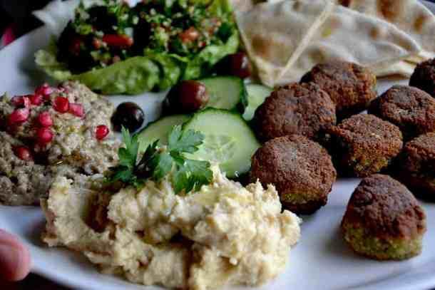 Arabic plate - Greek Lagana bread with Star anise (Clean Monday) | Vegan. maninio.com