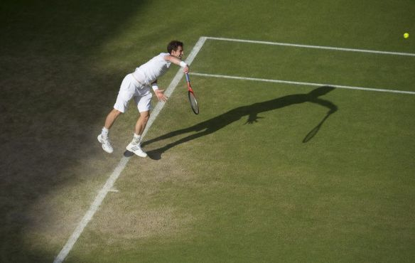 Andy Murray GBR on Centre Court 4th Round Match  The Wimbledon Championships 2013 The All England Lawn Tennis Club   Picture by Bob Martin AELTC