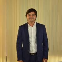 Interview With Author and Entrepreneur Santosh Avvannavar