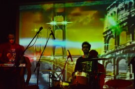 Maniquíes en el Centro Cultural España de Montevideo