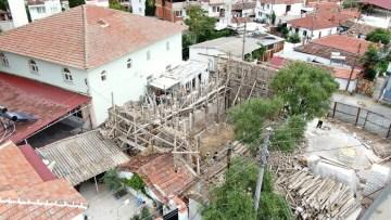 Üçpınar'daki tarihi yapının restorasyonuna başlandı