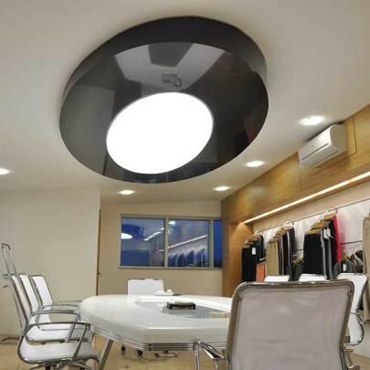 8ae60Lafem-tekstil-Siyah-lake-ve-buz-beyazi-transparan-membran-uygulamasi