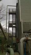 九重観光ホテル地熱発電施設 冷却塔階段