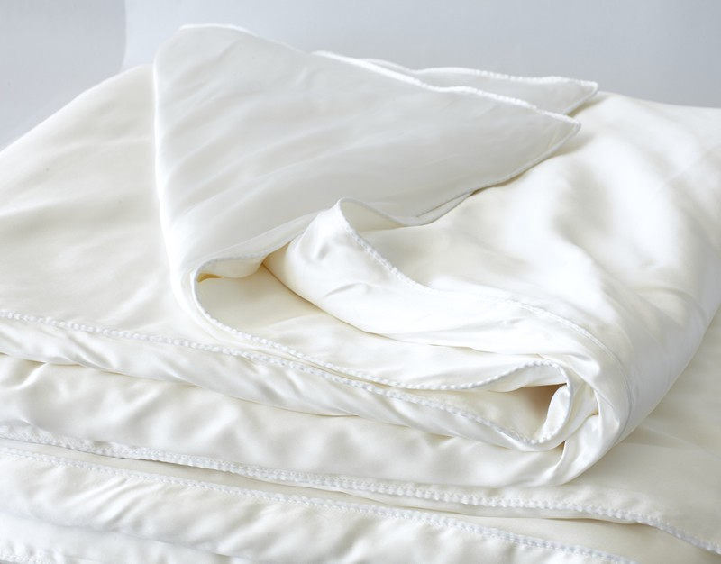 Silk Duvet Covers  Pure Silk Duvet  Silk Filled Duvets