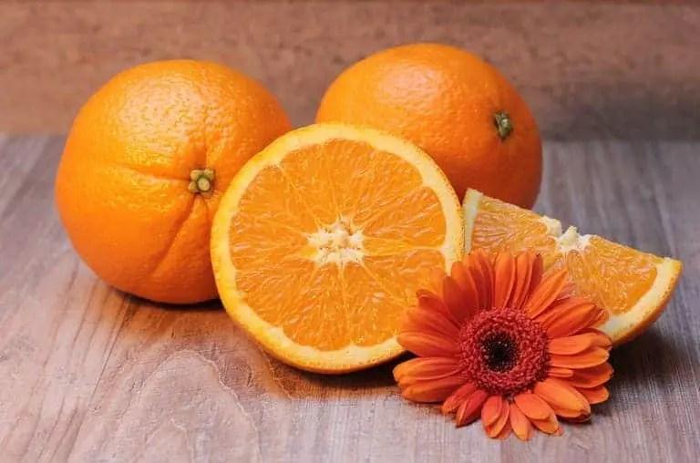 cara memutihkan wajah dengan jeruk