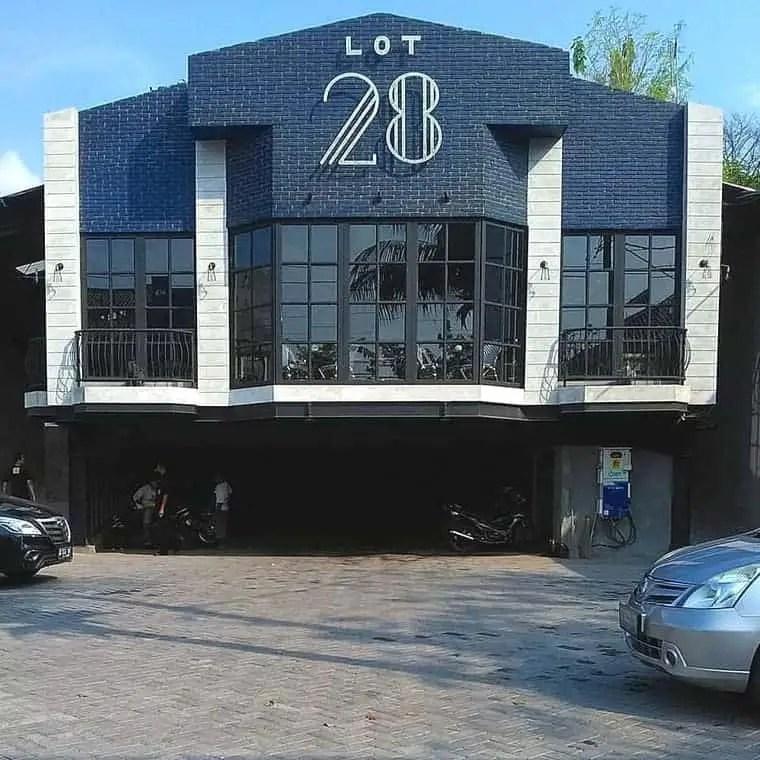 Lot 28 Coffee & Bar
