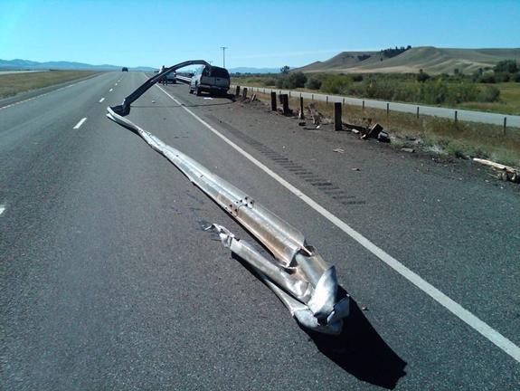 weird car crash photos