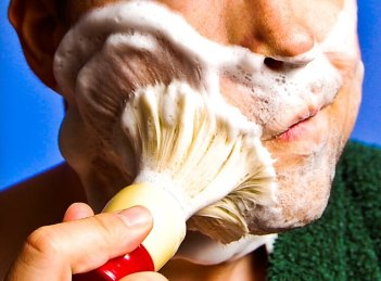 How to use shaving soap with face lathering