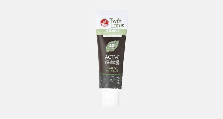 Twin Lotus Active Charcoal - Great toothpaste for halitosis - bad breat
