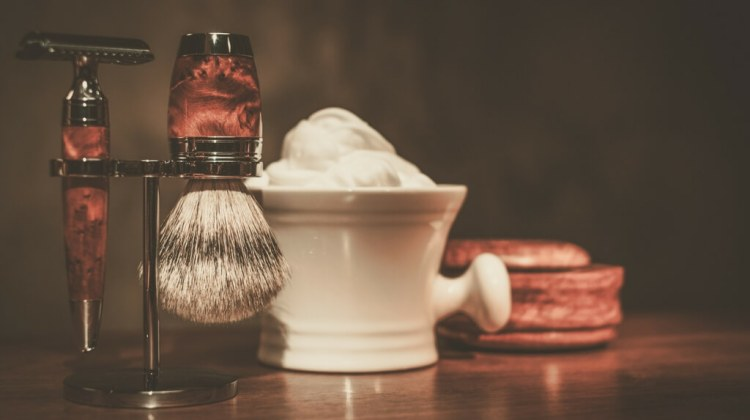 The right tools to prevent razor bumps and razor burns for sensitive skin