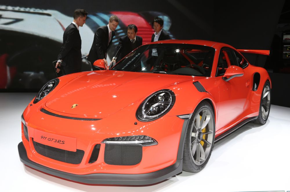 manly.ng 2016-porsche-911-gt3-rs-front-end (2)