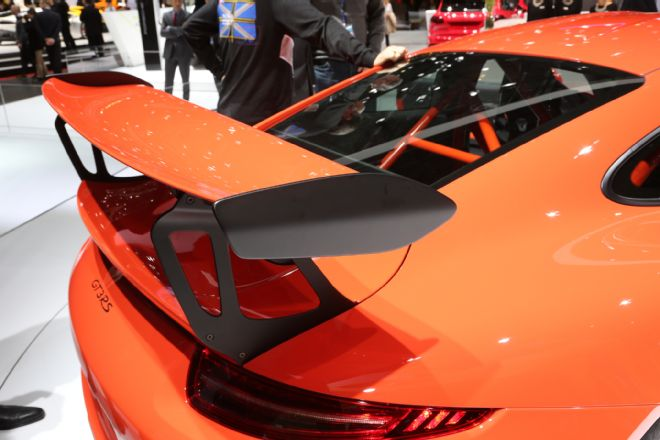 manly.ng 2016-porsche-911-gt3-rs-front-end (3)