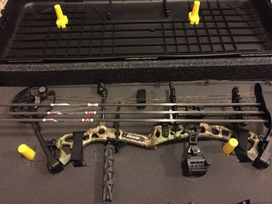 plano hard bow case review