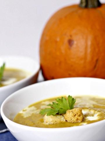 indian inspired pumpkin soup|www.mannaandspice.com