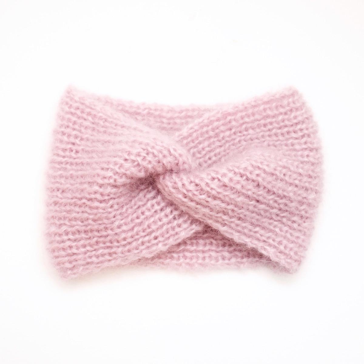 Bandeau tricoté en mohair et soie, rose pâle