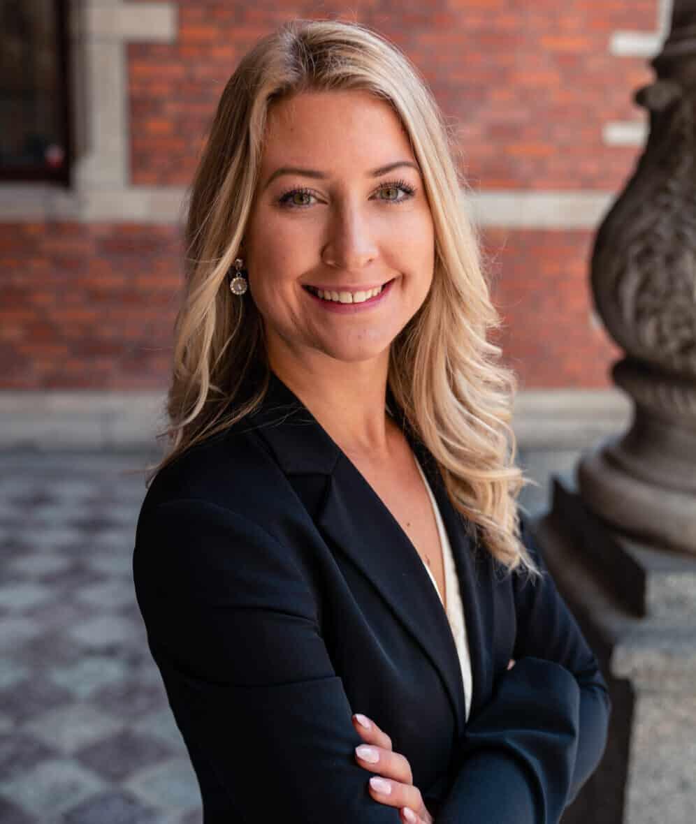 Victoria Helgoson
