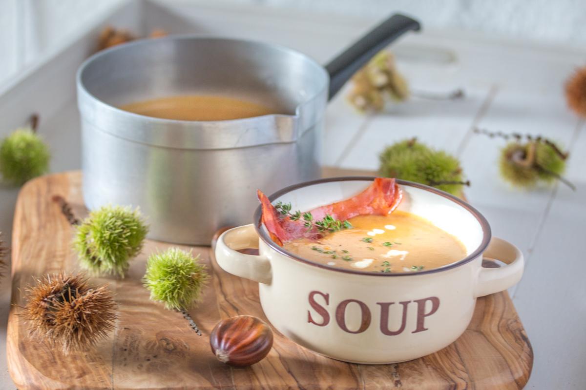 Maronensuppe mit Thymian und Speck - glutenfrei und laktosefrei