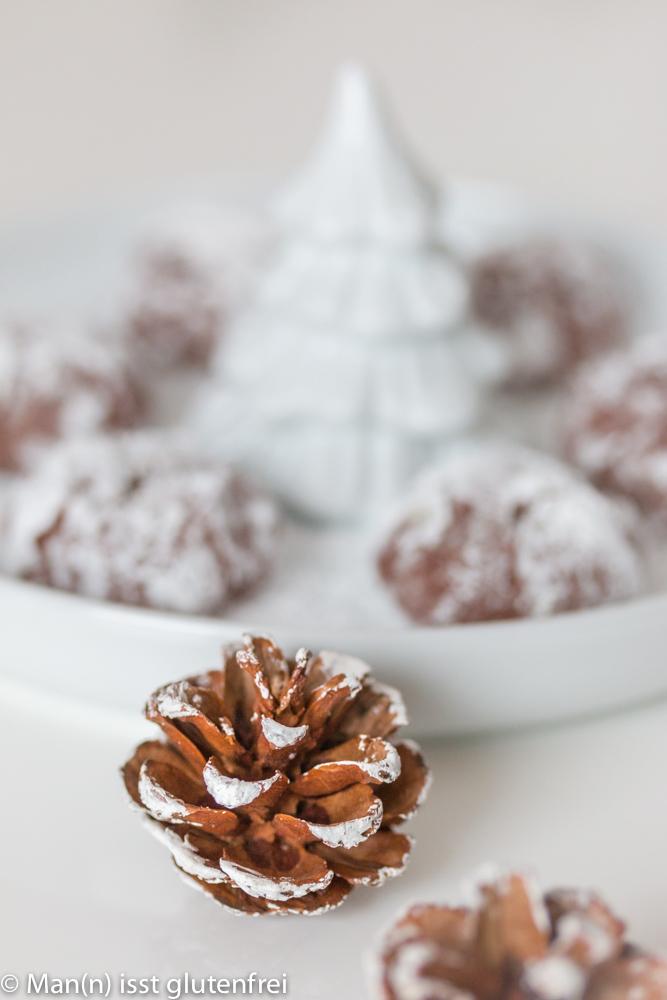 Schokoladen-Plätzchen-Tannenzapfen