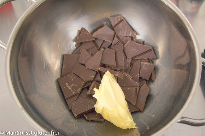 Schokoladenplätzchen Zubereitung Schokolade und Butter