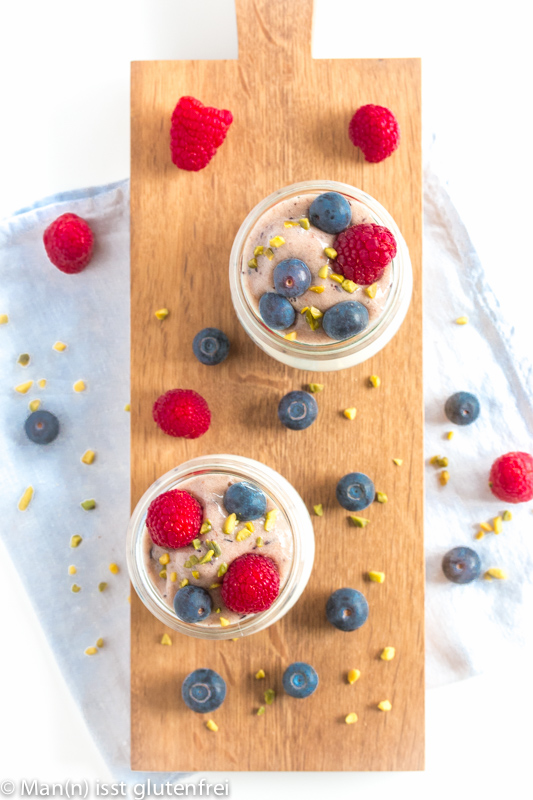 Chia-Nicecream-Berries von oben