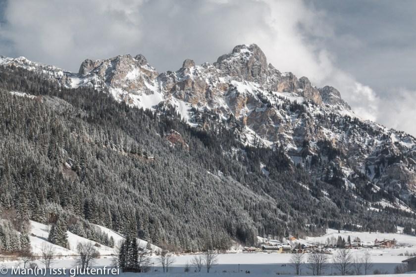 See gefroren und Berg