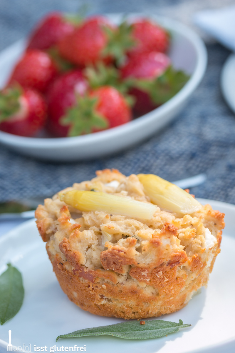 Low-Carb Snack to go - Herzhafte Spargel Käse Muffins